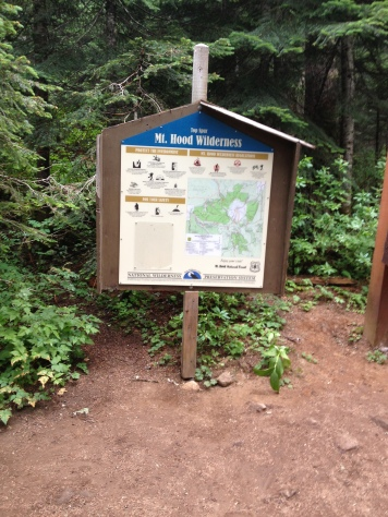 Where Timberline Trail and Pacific Crest Trail Converge
