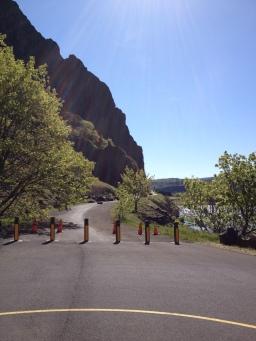 Coyote Wall Trailhead