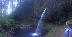 Ponytail Falls (Columbia River Gorge)