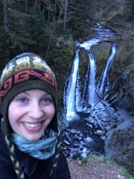 New Year's Day frozen waterfall hiking at Triple Falls (Columbia River Gorge)